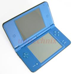 Nintendo DSi XL Bild